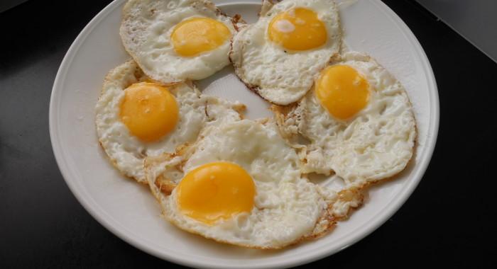 stekt ägg recept