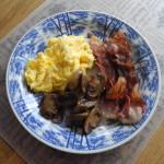 äggröra bacon champinjoner