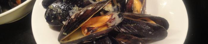 Grundrecept: Vinkokta blåmusslor