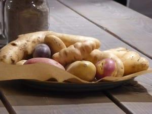 potatissorter på fat