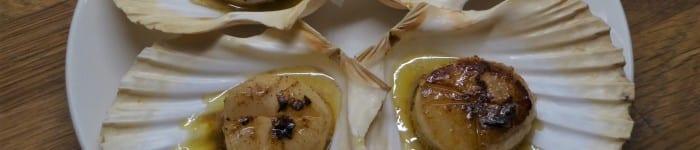 Pilgrimsmusslor med brynt smör och soja