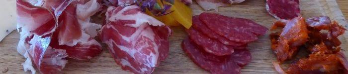 Tapas: Spansk ost- och charkbricka, plato embutidos