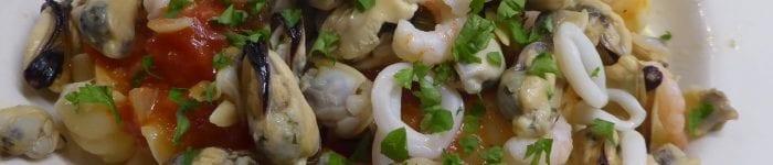 Pasta: Skaldjursmix och tomatsås
