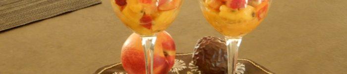 Gul fruktsallad för två