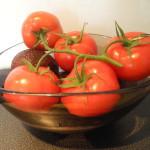 kvisttomater glasskål